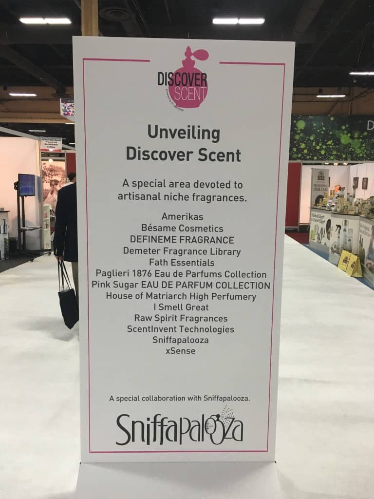 Cosmoprof Discover Scent SIgn